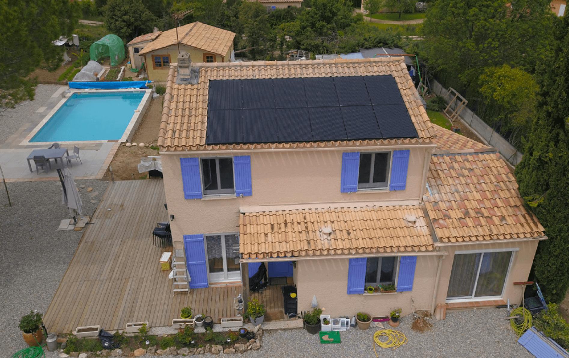 Installation de panneaux solaires en autoconsommation avec revente du surplus dans le Var