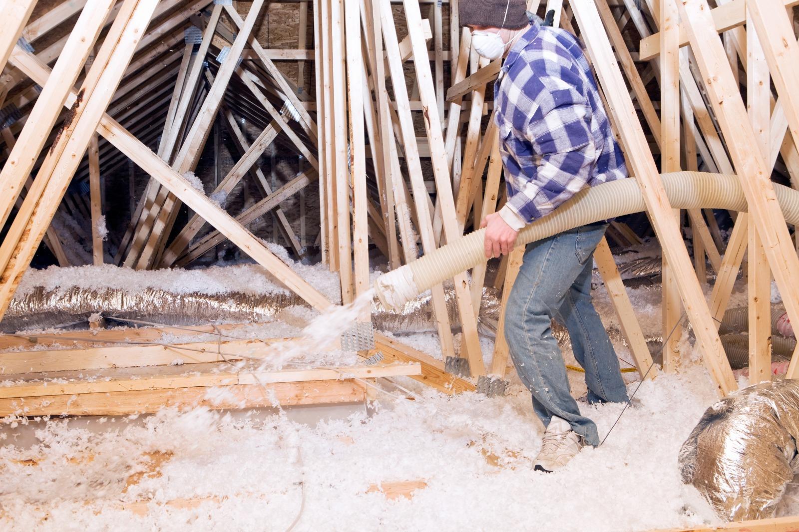 Clap de fin pour les offres de travaux à 1 € dans le résidentiel : des travaux peu économes et propices aux arnaques ? Hellio livre son analyse sur fond d'étude auprès de ses bénéficiaires