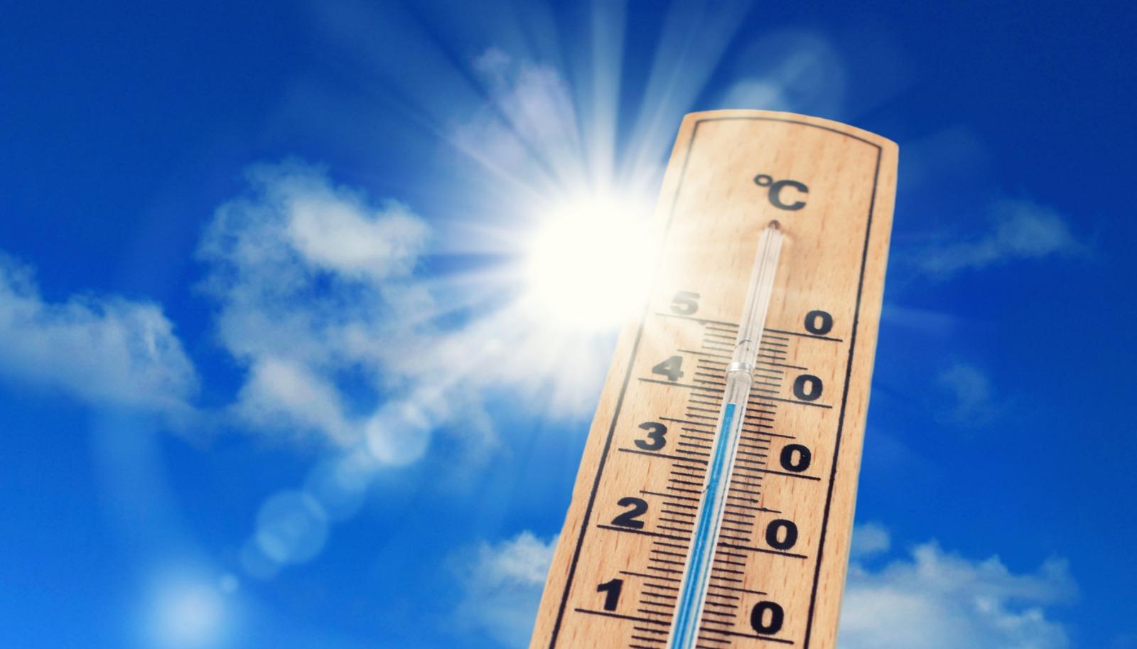 Les 12 travaux et écogestes conseillés par Hellio pour profiter d'un logement confortable l'été
