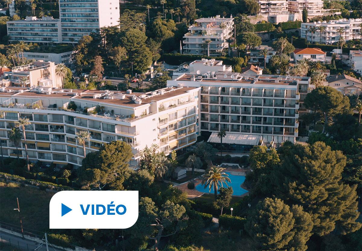 hôtel Holiday Inn à Cannes piscine vidéo Hellio