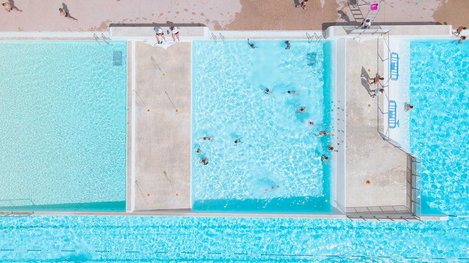 Le centre aquatique de Bourg-en-Bresse fait plonger ses consommations d'eau et d'énergie grâce à Hellio - GEO PLC